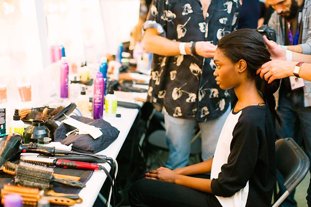 Curso de Protocolos de éxito para salones de peluquería de universidad de la imagen